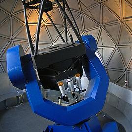 80 cm. skersmens reflektorinis Lietuvos etnokosmologijos muziejaus teleskopas – vienas didžiausių edukacijai skirtų aparatų Europoje/ Etnokosmomuziejus.lt