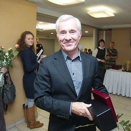 Sveikuolių vadovas Dainius Kepenis. Jam neseniai sukako 60 metų.