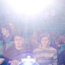 Kodėl negalima mokytis kino slėje?