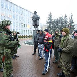 Eriko Ovčarenko/15min.lt nuotr./Karių pratybos