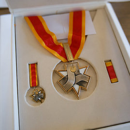 Eriko Ovčarenko/15min.lt nuotr./Santakos garbės ženklas