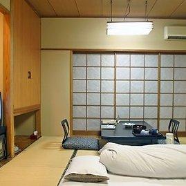 Japaneseguesthouses.com/Ryokan viešbučiuose greičiausiai nerasite lovų