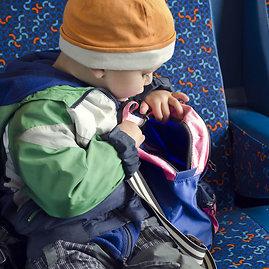 123rf.com /Ilgos kelionės autobusu mažiems vaikams (ir jų tėvams) – tikras iššūkis