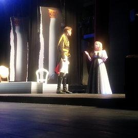 """15min.lt nuotr./Akimirkos iš spektaklio """"Karalienė Luizė"""" repeticijos."""