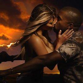 """Kadras iš """"Youtube""""/Kim Kardashian apsinuogino sužadėtinio Kanye Westo dainos """"Bound 2"""" vaizdo klipe"""