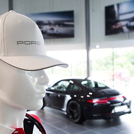 "Vilniaus ""Porsche"" salono atidarymas"