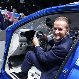 """Scanpix"" nuotr./""Volkswagen Tiguan"" pristatymas Frankfurto automobilių parodoje"