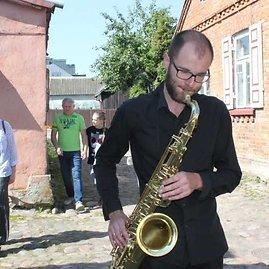 Asmeninio archyvo nuotr./Jaunavedžius džiazo garsais sutiko Jonas Stankevičius
