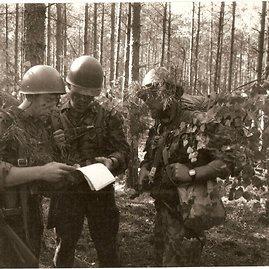 Archyvo nuotr./Karininkų žygis, 1993 metai