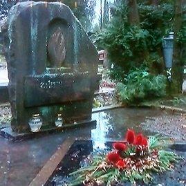 TV3 žinių nuotr./Vilniaus Karveliškių kapines užliejo vanduo