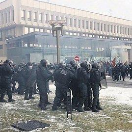 VST nuotr./2009 metais VST numalšino riaušes prie Seimo