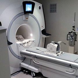 """15min skaitytojo nuotr./""""Affidea Lietuva"""" magnetinio rezonanso tomografas Vilniaus greitosios pagalbos universitetinėje ligoninė je"""