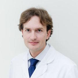 Medicinos diagnostikos ir gydymo centro nuotr./Medicinos diagnostikos ir gydymo centro gydytojas oftalmologas mikrochirurgas Paulius Rudalevičius
