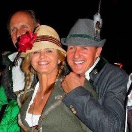 """Scanpix""/""Sipa Press"" nuotr./Michaelis Schumacheris su žmona Corinna 2013-ųjų spalį"