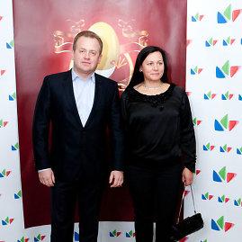 Gretos Skaraitienės/Žmonės.lt nuotr./Artūras Skardžius su žmona Snieguole