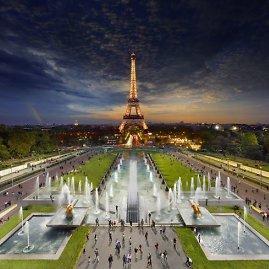 """""""Scanpix"""" / """"Caters News Agency"""" nuotr./Stepheno Wilkeso fotografija: Paryžiaus Eifelio bokštas"""
