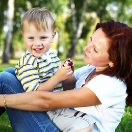 """Shuterstock"" nuotr./Motina su vaiku"