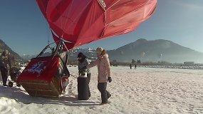 Vyčio vėliava papuoštu oro balionu lietuviai skrido virš Alpių kalnų