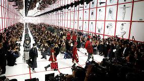 """""""Christian Dior"""" kolekcija – odė feministinėms idėjoms"""