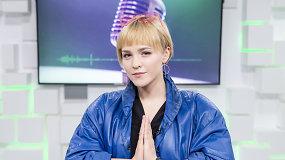 """Iš Azijos grįžusi Bjelle pristatė pirmąjį solinį albumą: """"Kitokia būti gera"""""""