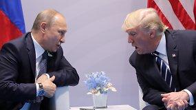 """Su V.Putinu susitikęs D.Trumpas: """"Pone Putinai, garbė su jumis būti"""""""