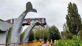 Neįtikėtina: skulptūros pavadinimas nuspėjo ateitį – banginio uodegų kompozicija išgelbėjo nuo katastrofos