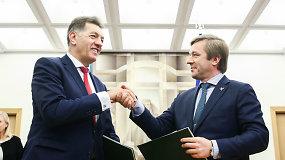 Ramūnas Karbauskis ir Algirdas Butkevičius pasirašė koalicijos sutartį