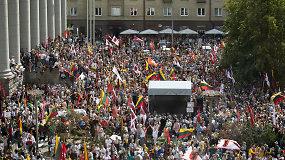 """Proteste prie Seimo – himnas be vokalo – internautams priminė per """"Didįjį šeimos gynimo maršą"""" įvykusį kuriozą"""