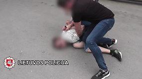 Klaipėdoje sulaikytas narkotikų platinimu įtariamas vyras