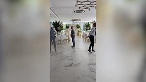 Renginių vedėjų šokis – dovana svečiams