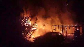 Kaune, J.Staugaičio gatvėje kilo gaisras