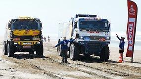"""Dakaro dienoraštis: komandos """"KAMAZ Master"""" fenomenas"""