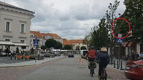 Kilpinis eismas Vilniaus senamiesčio Subačiaus gatve