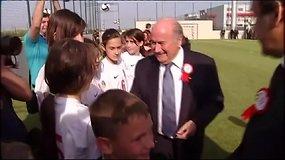 Korupcijos skandalas: Micheliui Platini ir Seppui Blatteriui – aštuonerių metų diskvalifikacija