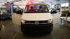 """Pirmas žvilgsnis į naujuosius policijos mikroautobusus """"VW Transporter"""""""