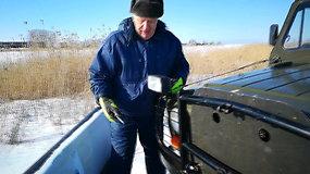 Ledo kelias Hapsalu-Noarotsis: Raivo Oiglas, vairuojantis specialų UAZ, čia dirba jau 41-erius metus