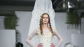 L.Salasevičiaus vestuvinių suknelių kolekcijoje – didelis dėmesys galvos aksesuarams