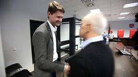 Bronislovas Burgis po teismo deklamavo eiles