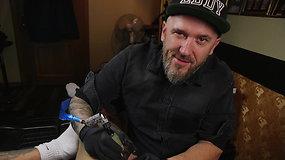 """Vienas tituluočiausių Lietuvos tatuiruotojų Egidijus Perminovas nusivylęs savamoksliais: """"Jie nori tik greitų pinigų"""""""