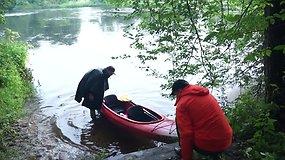 """Ekspedicija """"Baidarė upėje"""": """"privačios valdos"""" Merkio upės pakrantėse"""
