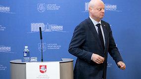 Neištvėręs žurnalistės klausimų apie gatvę premjeras S.Skvernelis nutraukė spaudos konferenciją