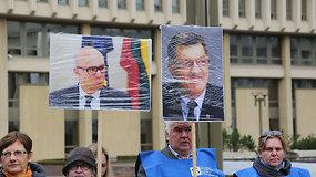 Lietuvos profesinių sąjungų konfederacijos protesto akcija prie Seimo