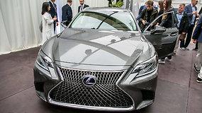 """Įspūdingasis """"Lexus""""  flagmanas  LS ir prabangus kupė LC"""
