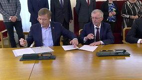 Seime pasirašyta nauja kairiojo centro koalicijos sutartis