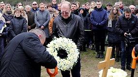 Vitalijaus Cololo laidotuvėse – R.Šilansko ašaros ir jautrūs bičiulių žodžiai