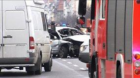Berlyno centre sprogo automobilis, jo vairuotojas žuvo