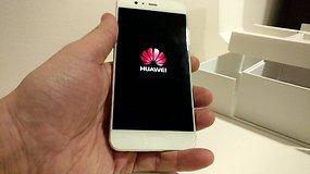 """Pirmas žvilgsnis į naują """"Huawei P10"""" išmanųjį telefoną"""