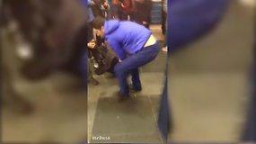 Keleivio filmuota medžiaga po sprogimo Sankt Peterburgo metro