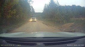 Agresyvus sunkvežimio manevras Vilniuje