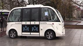 Vilniuje važinėjo autobusą primenantis savavaldis automobilis